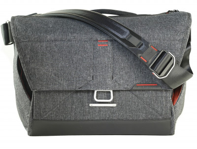"MESSENGER 15""- CHARCOAL GREY"